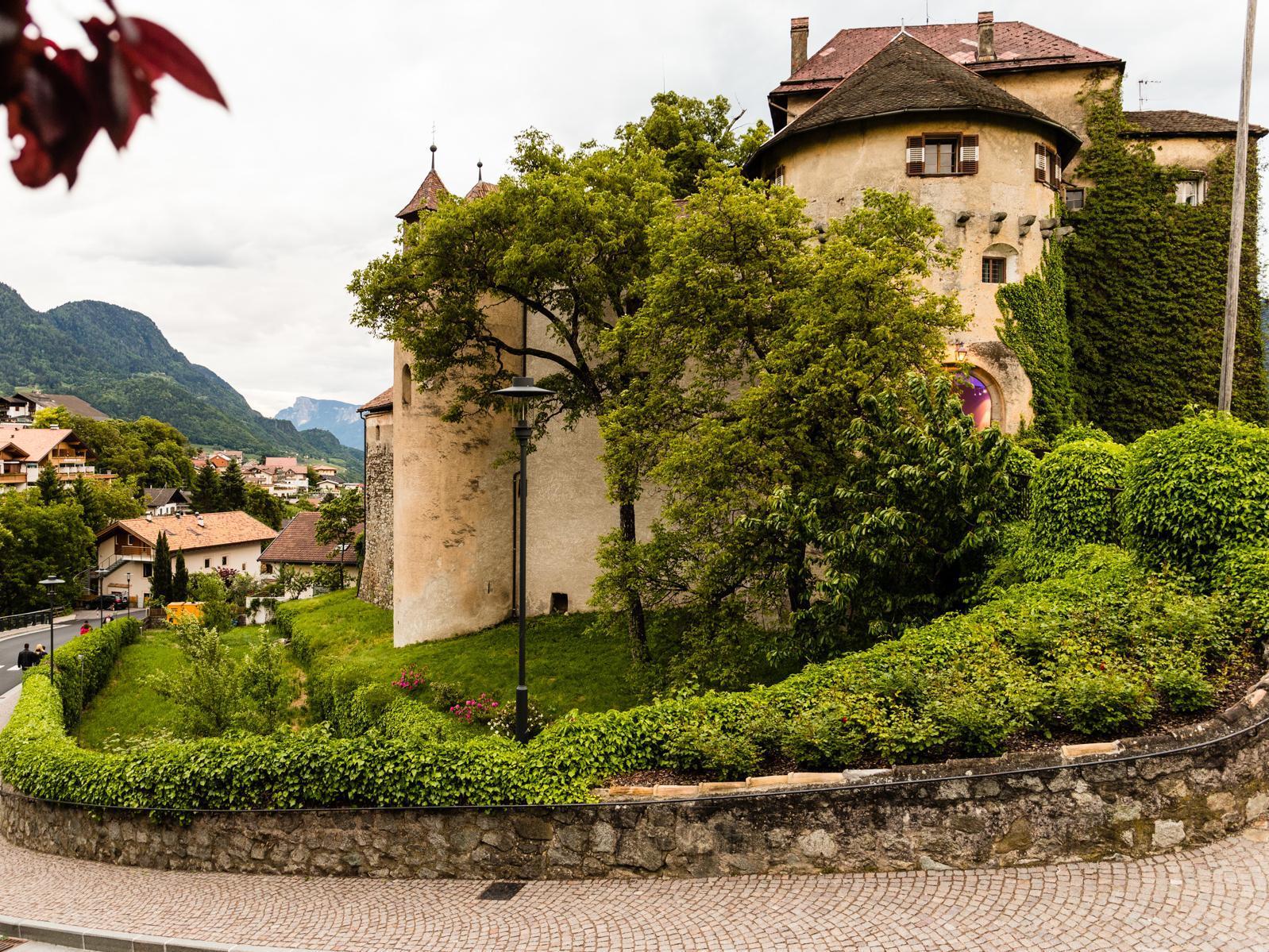 Schenna Castle