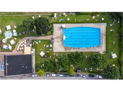 Outdoor swimming pool Parcines