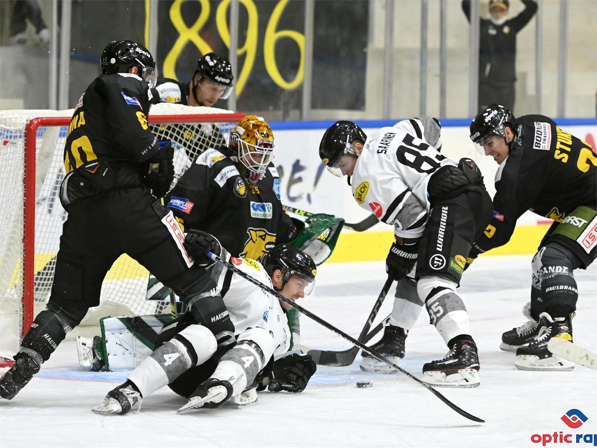 Partita di hockey su ghiaccio: HC Pustertal - iClinic Bratislava Capitals
