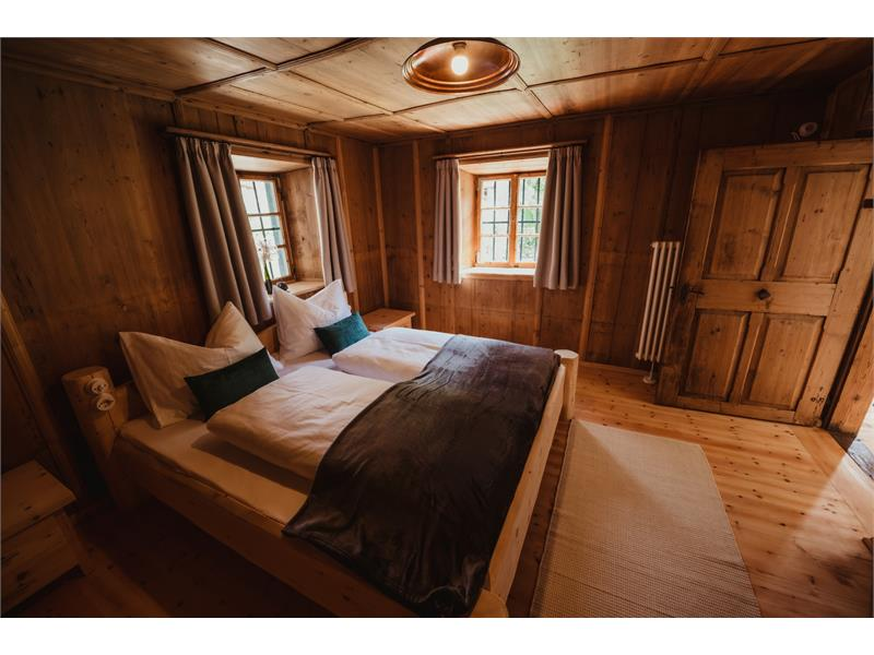 Zoll - Bedroom