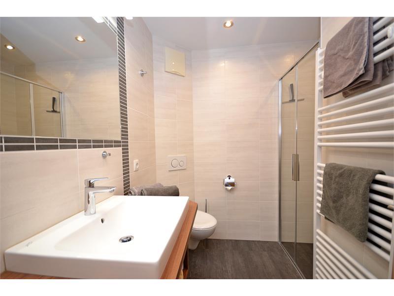Bathroom apartment Laugen I