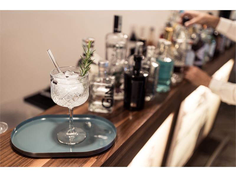 Gin Lounge Bar