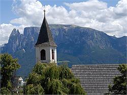 St Anthony's Church in Collalbo/Klobenstein