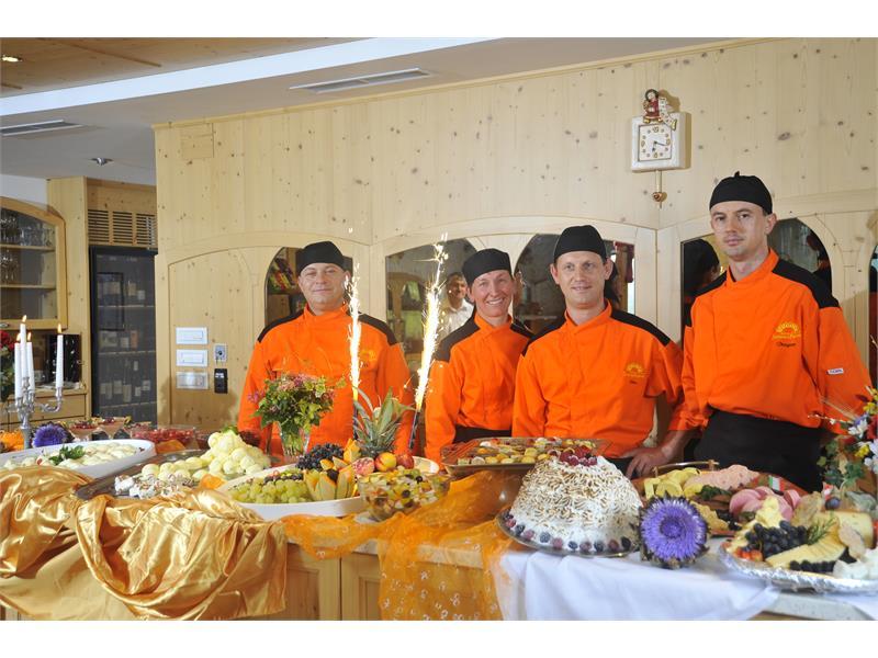 Unser Küchenteam - Hotel Sonnenheim