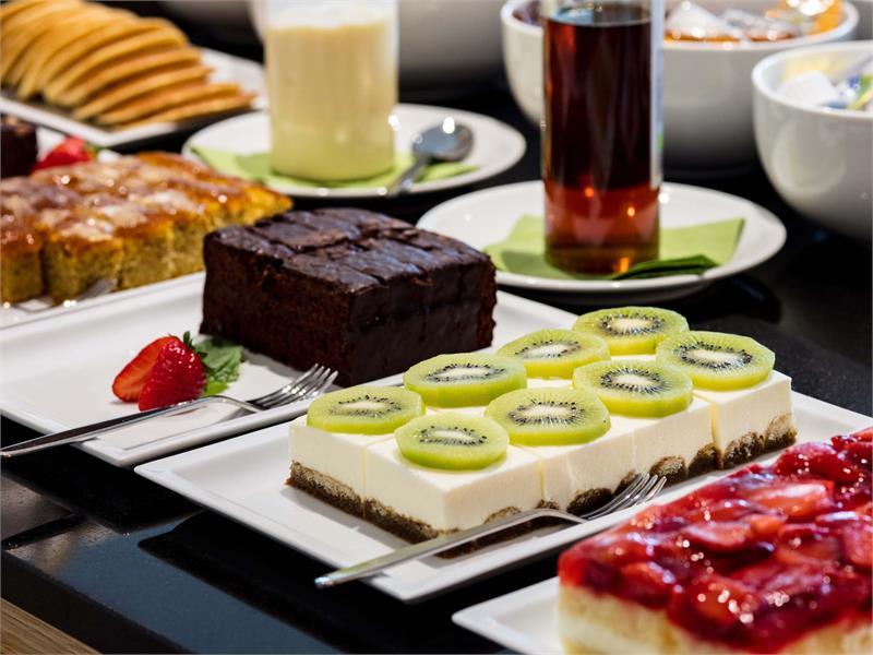 Flora Hotel & Suites - Colazione a buffet