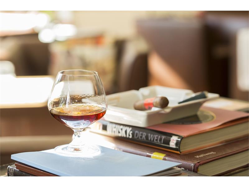 Whisky - rum - sigari