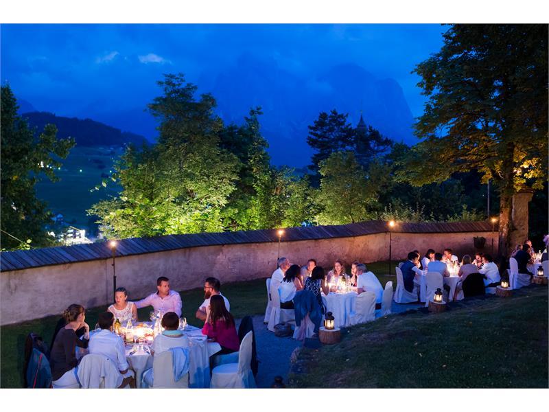 Summer Banquet outsite