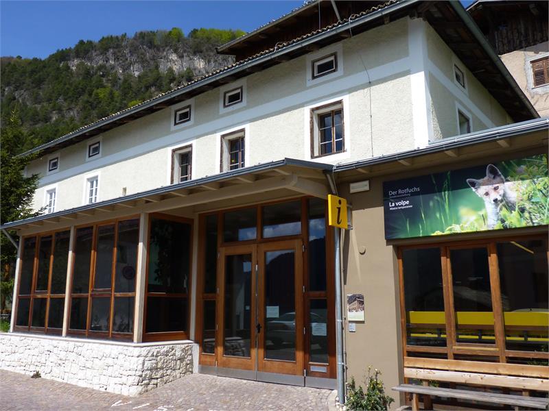 ufficio turistico presso il centro visite Monte Corno