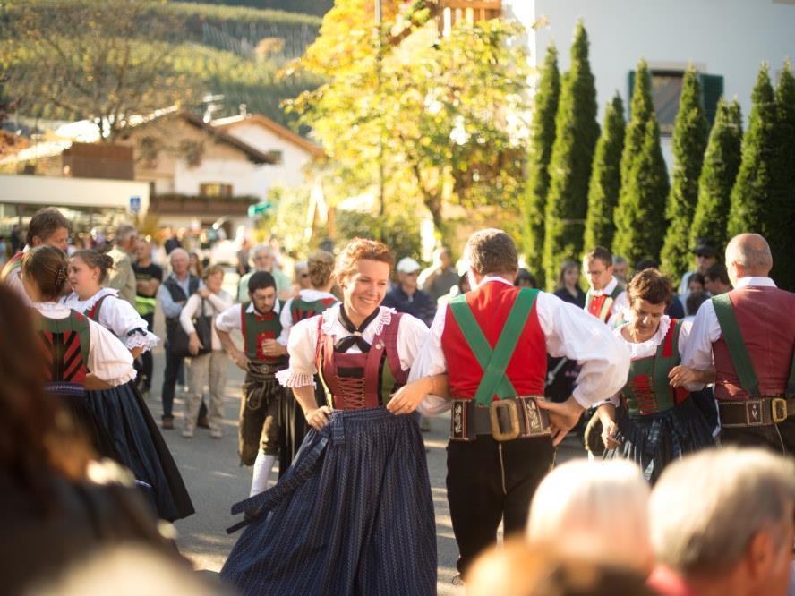 Chestnut festival in Foiana/Völlan