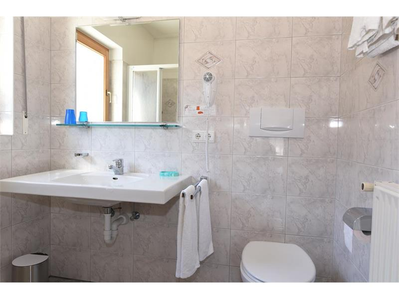 Ferienwohnung Nr. 3 Badezimmer