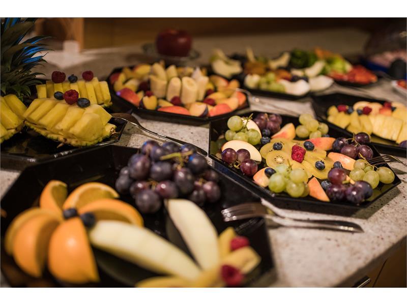 Frisches Obst zum Frühstück im Panorama Garni Hotel Bühlerhof in Lana - Südtirol