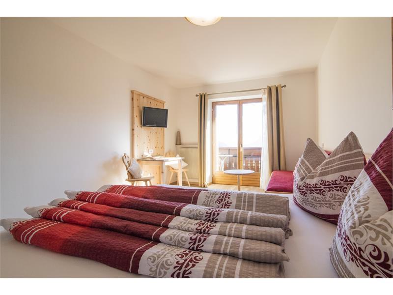 Doppelzimmer mit Panoramablick ins Etschtal