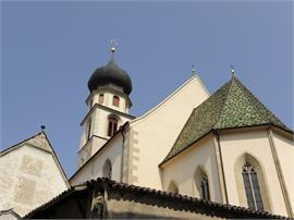 Besichtigung der Pfarrkirche und des Pfarrmuseums Völs