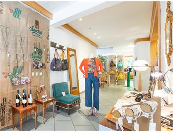 WiaNui Upcycling Concept Store