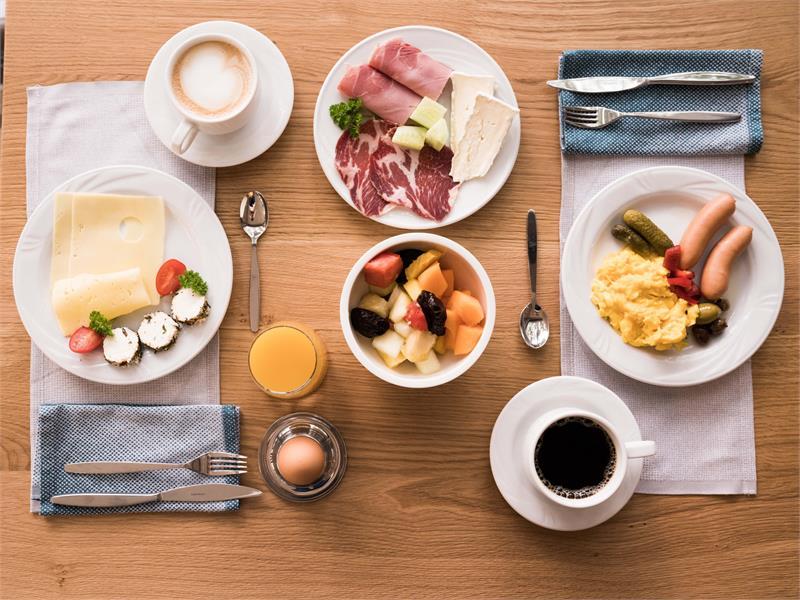Flora Hotel & Suites - Prima colazione