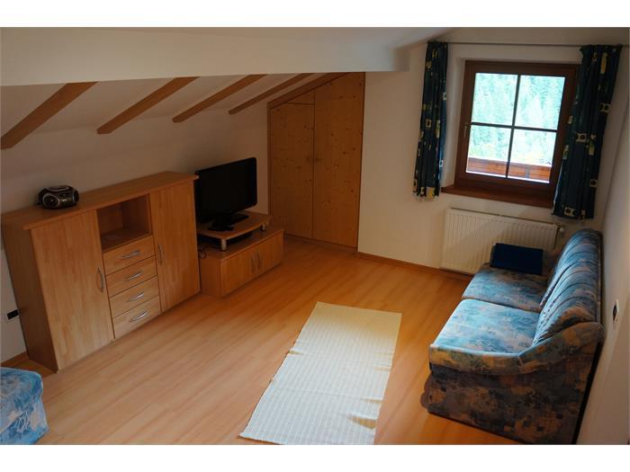 Wohnzimmer - Mansardenwohnung 3