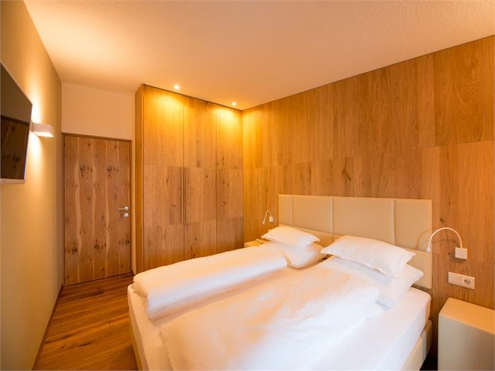 Schlafzimmer Chalet Compatsch