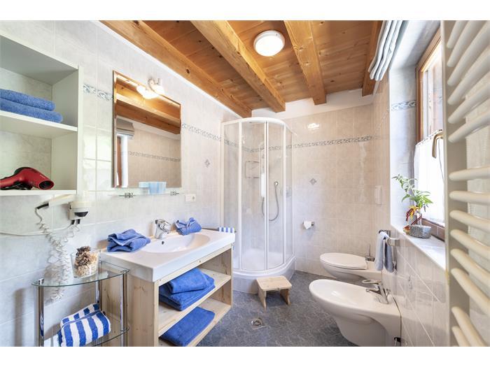 Ferienwohnung Bergluft - Badezimmer