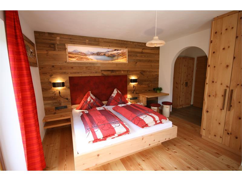 Bedroom Kirsche