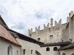 Visit Guide of the Castle of Castelbello