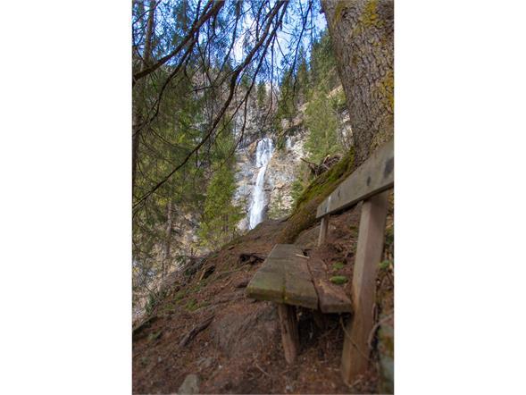 Der Weg zum Wasserfall Richtung Salwand