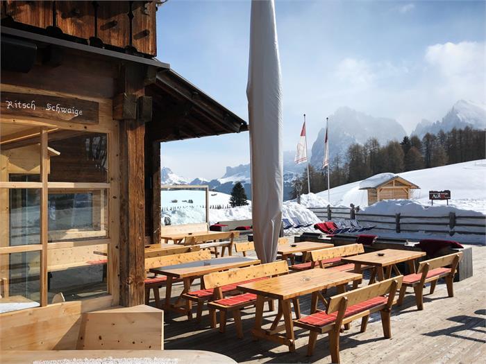 Terrace winter, Ritsch Schwaige, Seiser Alm