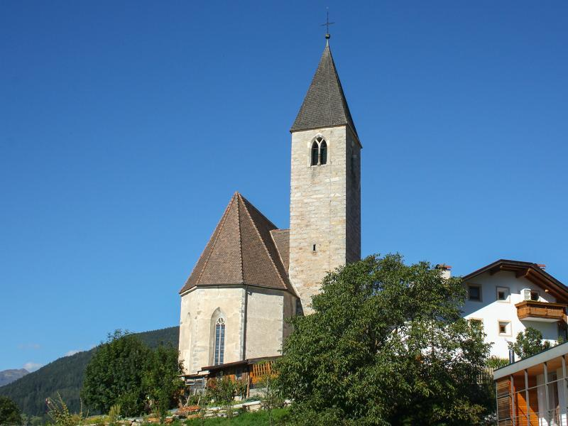 St. Johannes der Täufer Kirche in Flains