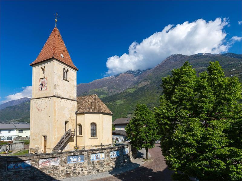 Pfarrkirche Plaus