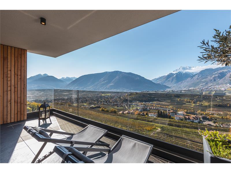 Balcony with city view and mountain view