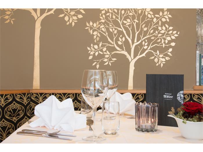 Hotel Schwarzer Adler - dining room