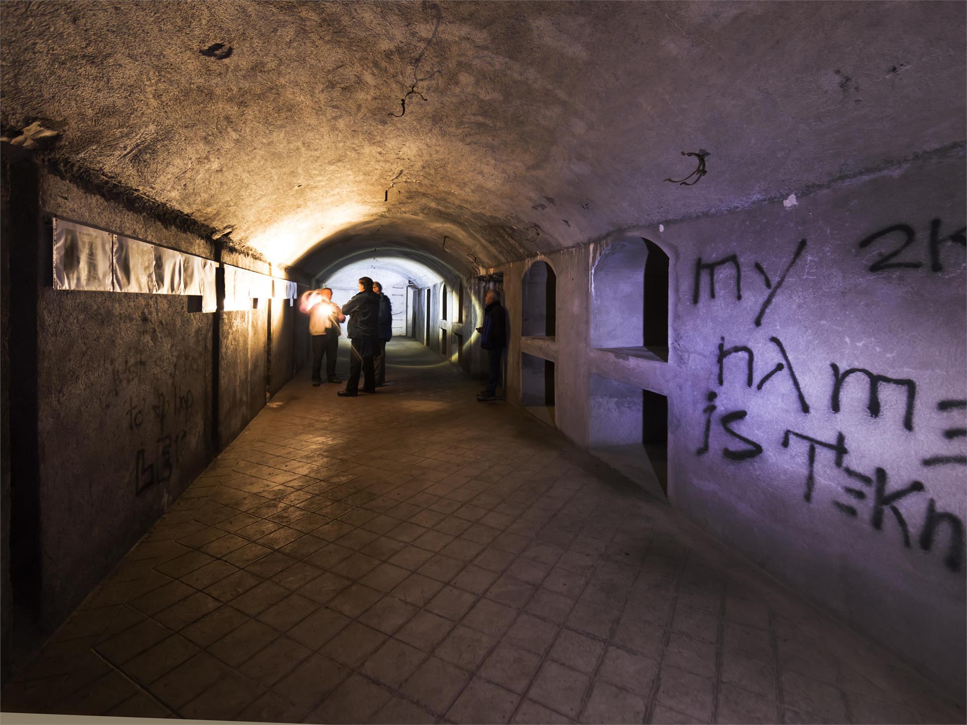 Lange Bunkerführung: Festung, Versteck & Wehrburg