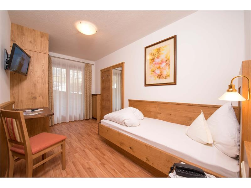 Comfort single room forest view