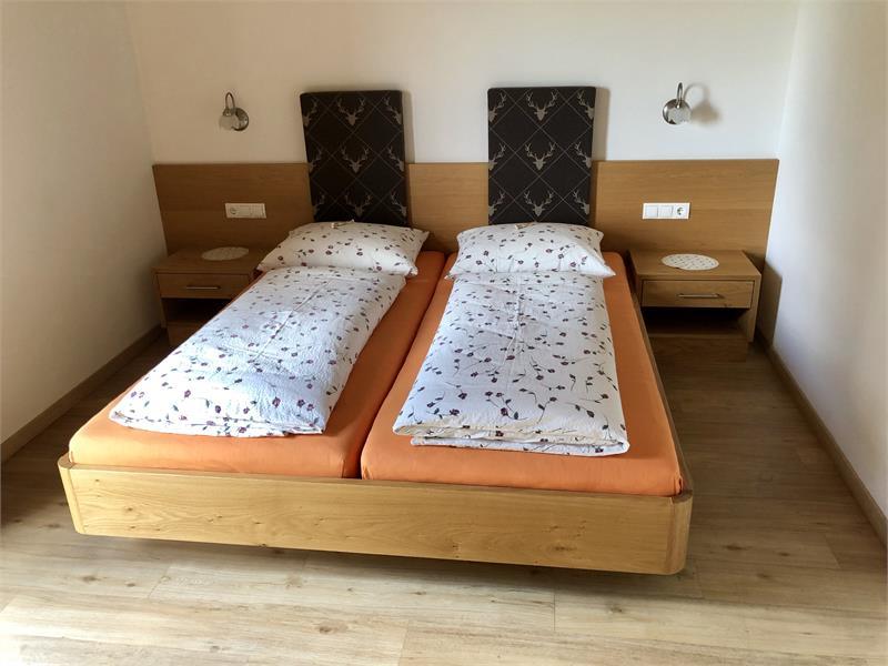 Camera da letto appartamento Rosa Alpina