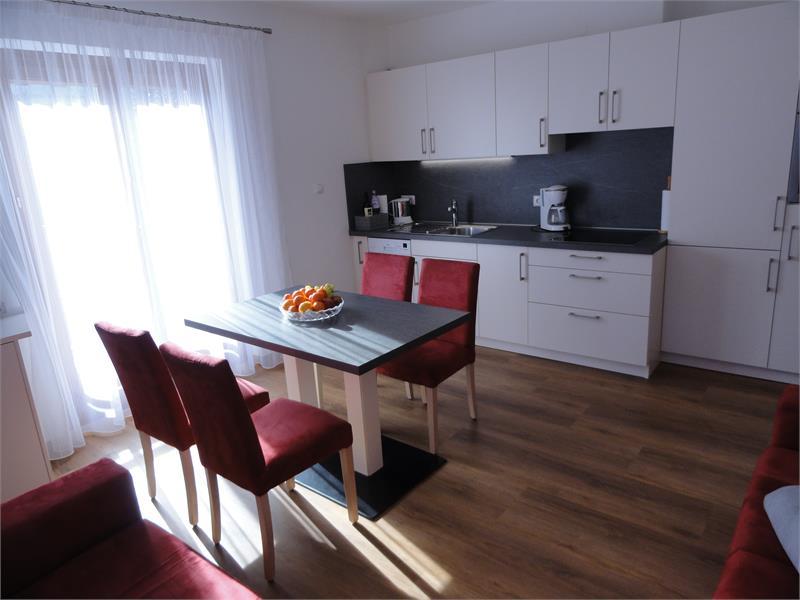 la cucina nel apartamento