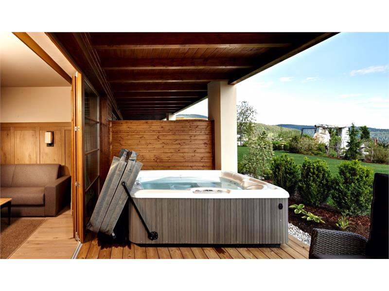 Chalet Giardino deluxe con il proprio whirlpool Hotspring