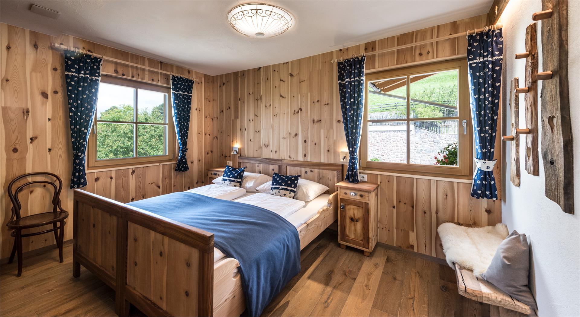 Schlafzimmer Almhütte
