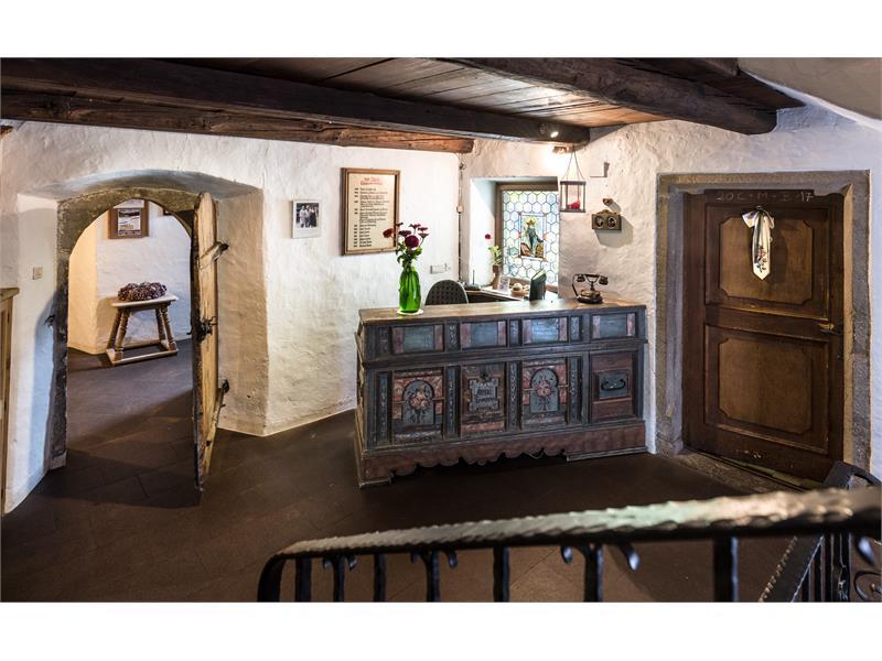 zu Tschötsch - Gasthof Albergo con museo contadino