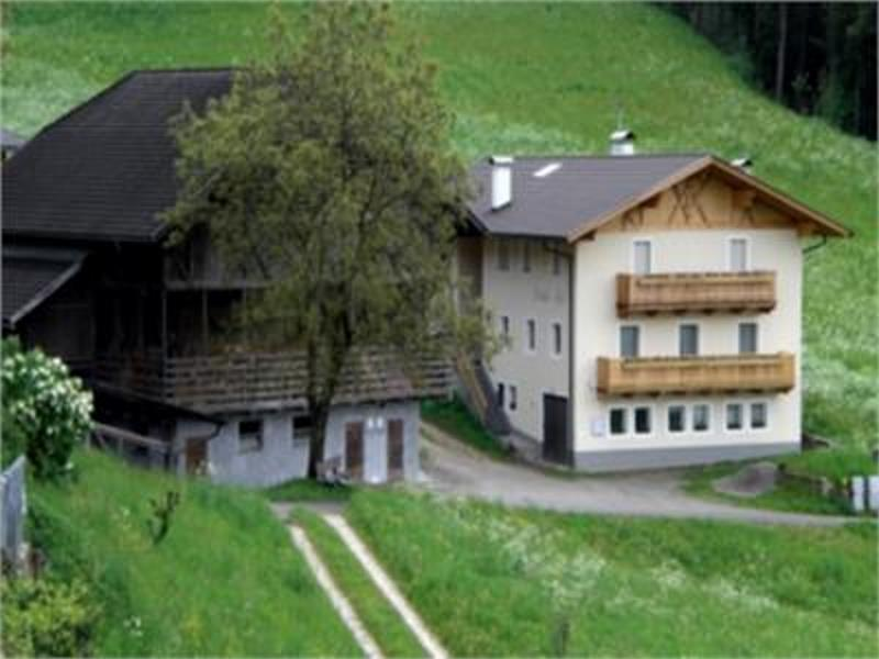 Farm Straßer