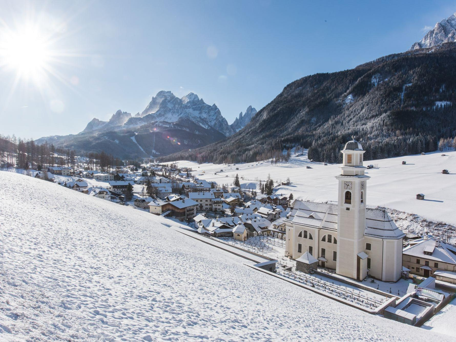 Winter - Excursions with a baby buggy - Sesto church – Gasthof Panorama (asphalt)