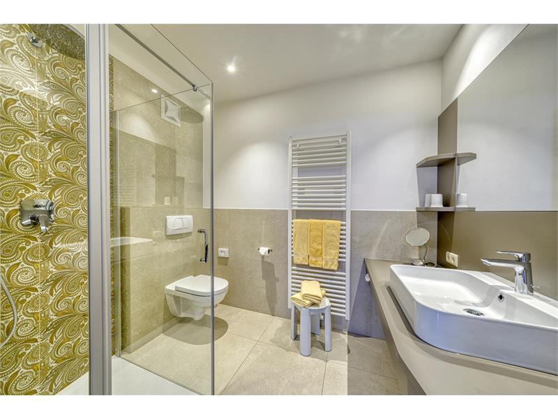 bath room apartment