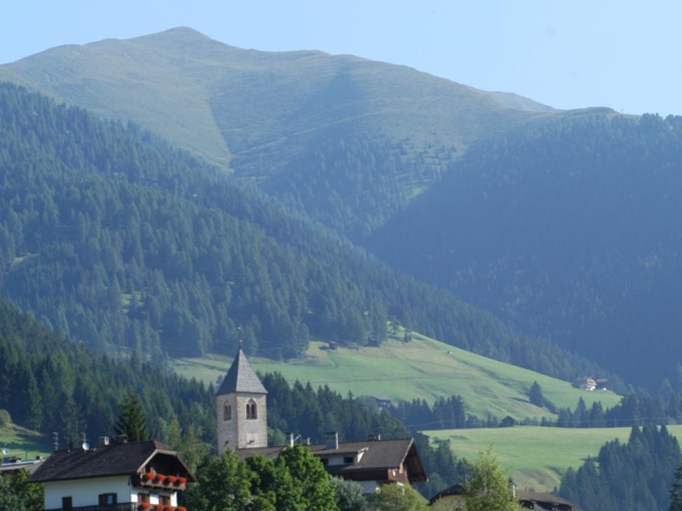 Summer hiking tour:Dobbiaco/Toblach - Franadega/Frondeigen