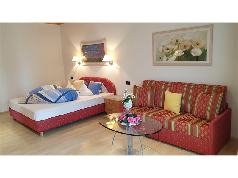 Ferienwohnung Gartenloggia Schlafzimmer