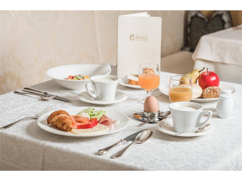 breakfast Hotel Castel