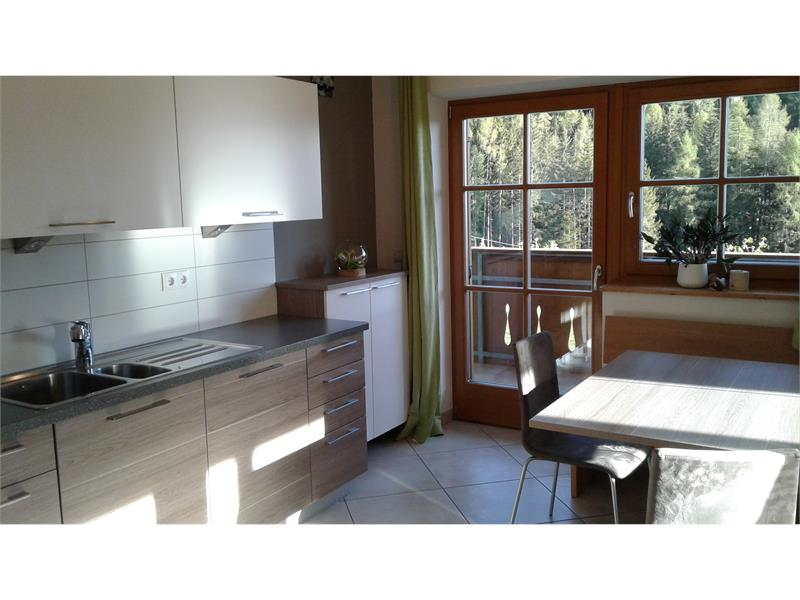 light kitchen with gardenview - House Mittelberger, Hafling