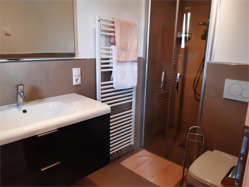 camera doppia bagno