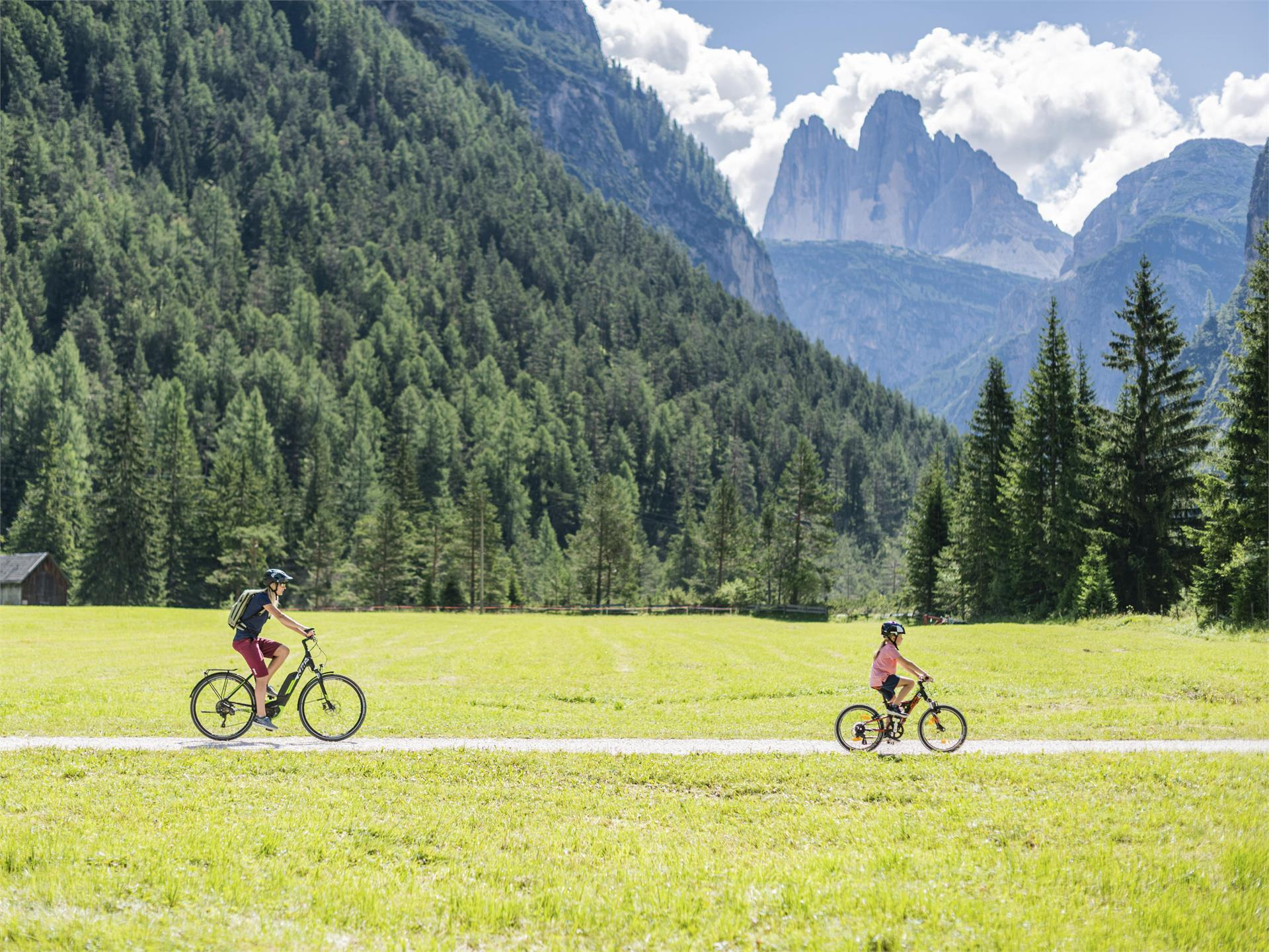 Dolomites cycle path: Route Dobbiaco/Toblach - Cortina