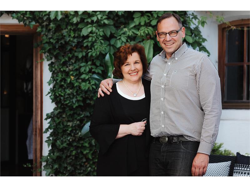Die Gastgeber: Rosmarie & Sohn Günther Schönweger