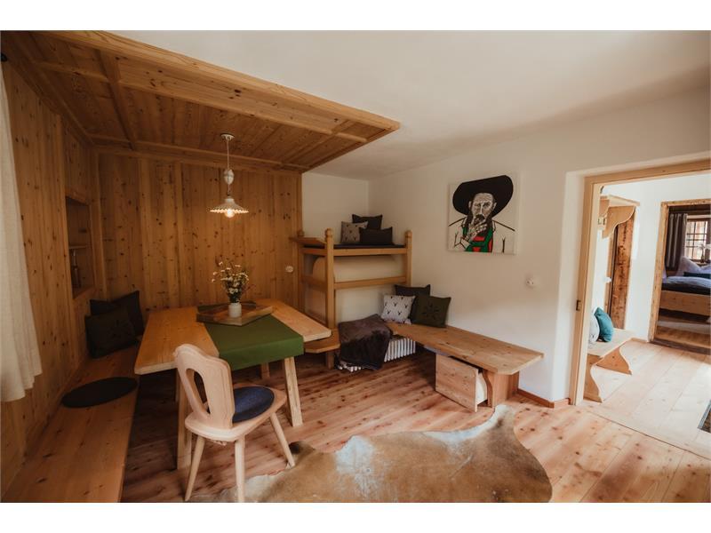 Zoll - Living room