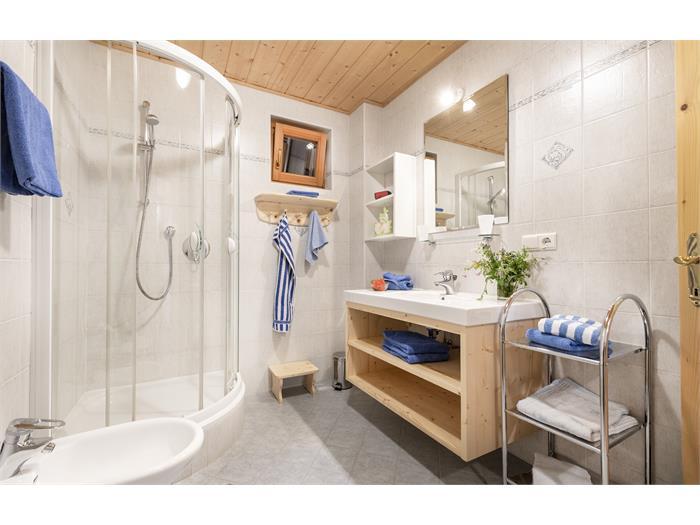 App. Quellwasser - Badezimmer