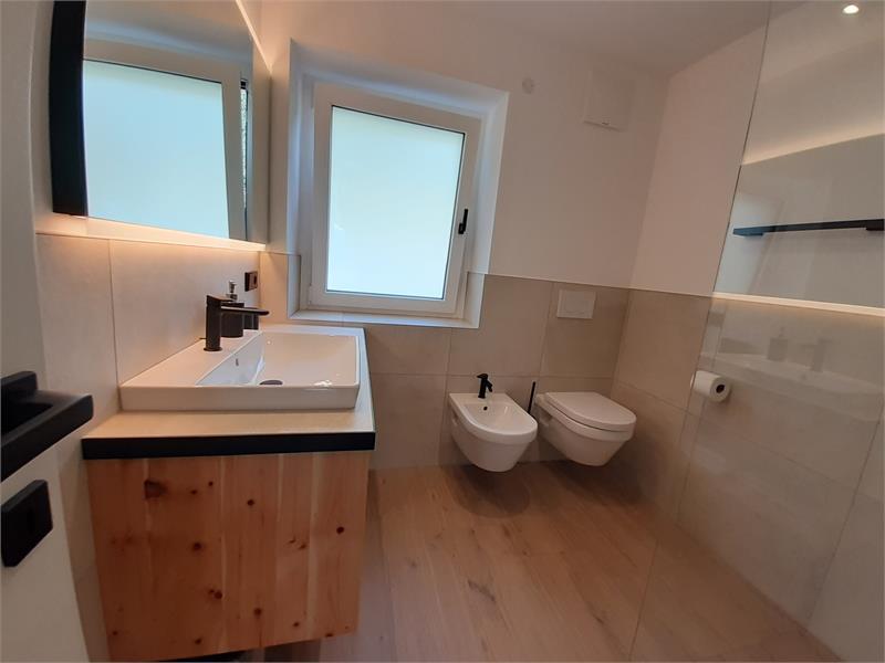 Bad mit WC, Bidet,begehbare Dusche